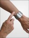 haptica_on_wrist_lr
