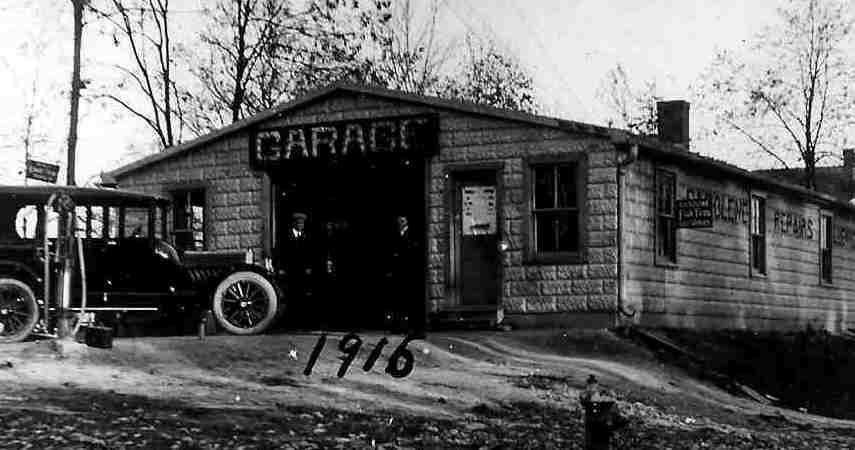 1915_rockville_garage