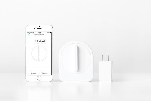 sesame smart lock by stanford entrepreneur The sesame smart lock is what is being called a five-patented design  being  from the combined forces of several stanford university students.